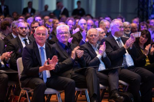 Baden-Württembergs Ministerpräsident Winfried Kretschmann und Stuttgarts Oberbürgermeister Fritz Kuhn