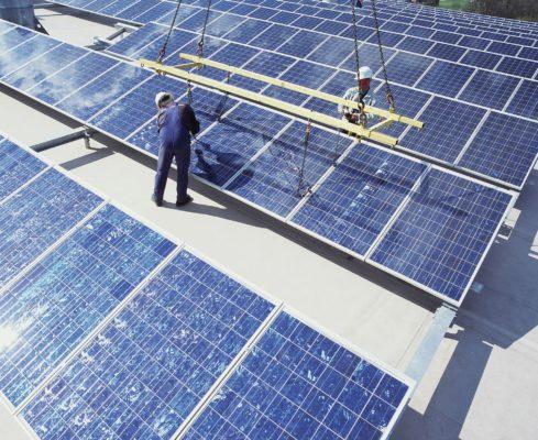 Photovoltaikanlagen auf Gebäudedächern